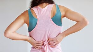 how-to-treat-back-pain-722x406